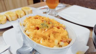 Foto review Pizza Hut oleh Rifqi Tan @foodtotan 4