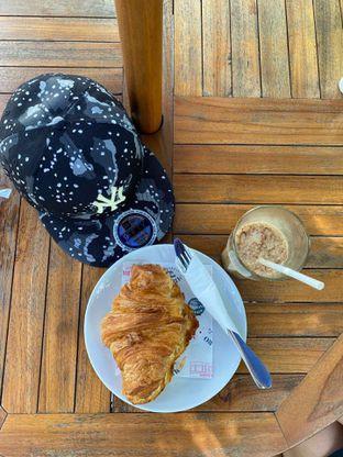 Foto 2 - Makanan(Es Pasar Antik) di Mikkro Espresso oleh Richie Niclaus