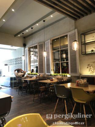 Foto 2 - Interior di Cafe MKK oleh Cubi