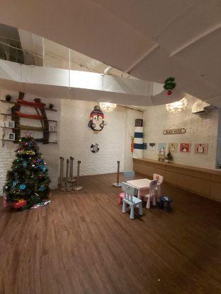 Foto 8 - Interior di Pingoo Restaurant oleh Carolin Lim