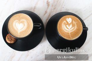 Foto 3 - Makanan(Hot Cappucino & Hot Flavoured Latte Hazelnut ) di Atico by Javanegra oleh UrsAndNic