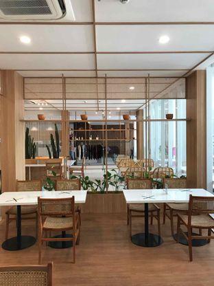 Foto 7 - Interior di Dailydose Coffee & Eatery oleh yudistira ishak abrar