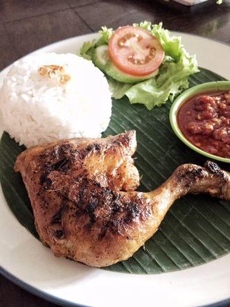 Foto Makanan di Dapur Cikajang