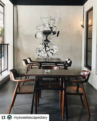 Foto Interior di Black Ground Cafe & Eatery