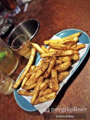 Foto 3 - Makanan(French Fries) di Holywings oleh Chibiy Chibiy