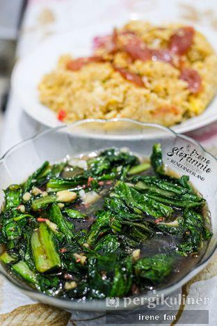 Foto 3 - Makanan di Kantin Chinese Food oleh Irene Stefannie @_irenefanderland