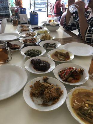 Foto 1 - Makanan di RM Sinar Minang oleh Kami  Suka Makan