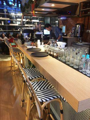 Foto 5 - Interior di Mokka Coffee Cabana oleh Prido ZH