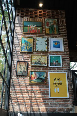 Foto 7 - Interior di Finch Coffee & Kitchen oleh Prido ZH
