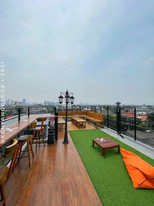 Foto review Upstairs Coffee Signature oleh Vionna & Tommy 14