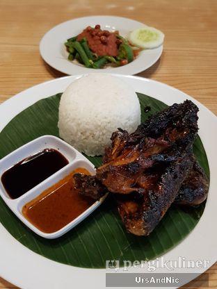 Foto 2 - Makanan di Bale Lombok oleh UrsAndNic