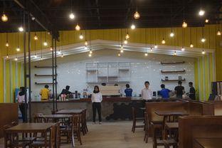 Foto 20 - Interior di Warung Wakaka oleh yudistira ishak abrar