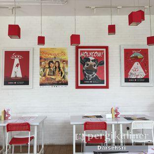 Foto 1 - Interior di Holycow! STEAKHOUSE by Chef Afit oleh Darsehsri Handayani