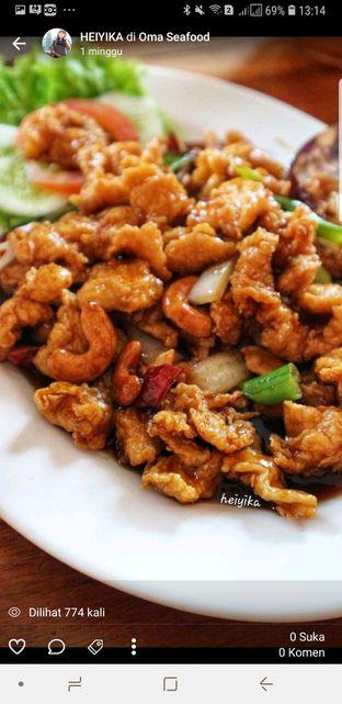 Foto 10 - Makanan di Oma Seafood oleh heiyika