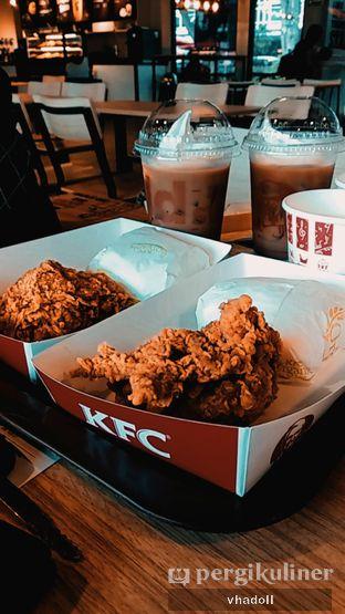 Foto - Makanan(Signature Box) di KFC oleh Syifa