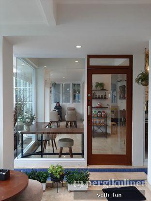 Foto 3 - Interior di Caffeine Suite oleh Selfi Tan