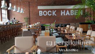 Foto 7 - Interior di Beer Hall oleh UrsAndNic