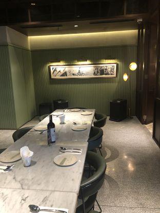 Foto 9 - Interior di FLYNN Dine & Bar oleh feedthecat