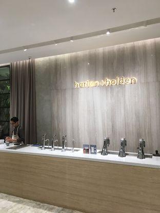Foto 13 - Interior di Harlan + Holden Because Coffee oleh Prido ZH