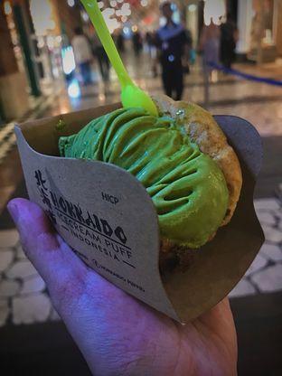 Foto - Makanan(- Matcha Ice Cream Puff (35K)) di Hokkaido Icecream Puff oleh Fadhlur Rohman