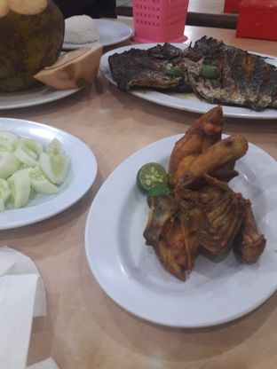 Foto 3 - Makanan di Pondok Pangandaran oleh Michael Wenadi
