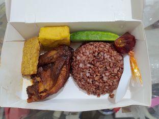 Foto - Makanan(nasi paket 1) di Ayam Djogja Istimewa oleh @eatlikepanda