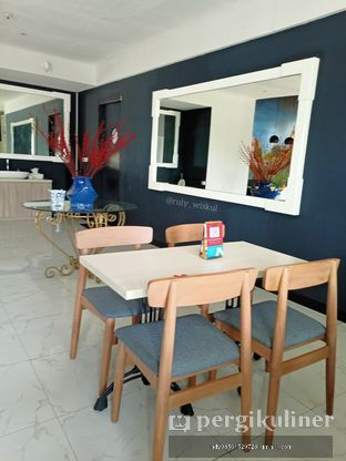 Foto 47 - Interior di Fish & Chips ThreeHouse oleh Ruly Wiskul