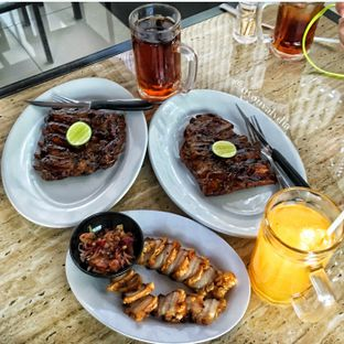 Foto 2 - Makanan di PamadeBali Grill & Steak oleh Lydia Adisuwignjo