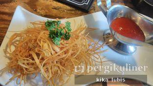 Foto 4 - Makanan(wonton) di Casa Kalea oleh Kika Lubis