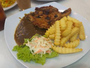 Foto 3 - Makanan(Grilled Chicken Chop) di GH Corner oleh Sari Cao