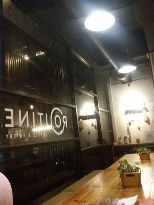 Foto 10 - Interior di Routine Coffee & Eatery oleh Nadira Sekar