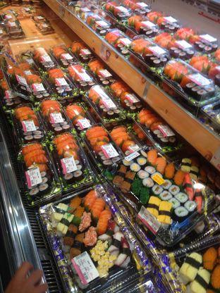 Foto review Sushi & Sashimi oleh Pria Lemak Jenuh 3