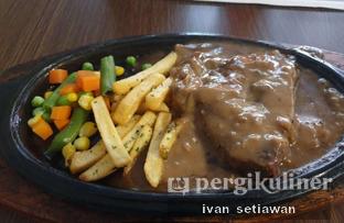 Foto 2 - Makanan(Wako Beef Steak) di WAKOSTEAK oleh Ivan Setiawan