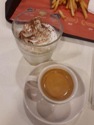 Catatan Kuliner Aileen Natalia Salim Source · Foto 4 Makanan di McDonald s oleh Maissy cici