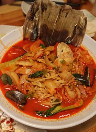 Foto 3 - Makanan di Holy Noodle oleh Stellachubby