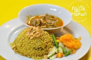 Foto 2 - Makanan(nasi kebuli) di H. Abdoel Razak Martabak Kari Palembang (Martabak Har) oleh Nyok Makan
