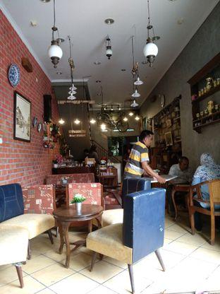 Foto 2 - Interior di Telu oleh Rachmat Kartono
