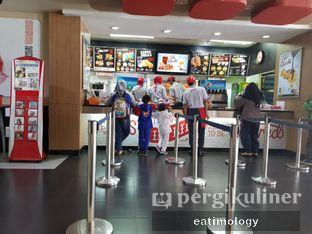 Foto 4 - Interior di KFC oleh EATIMOLOGY Rafika & Alfin