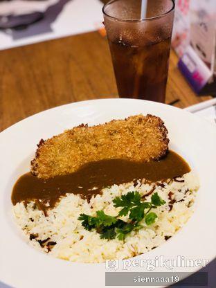 Foto 2 - Makanan(brown curry with katsu) di Go! Curry oleh Sienna Paramitha