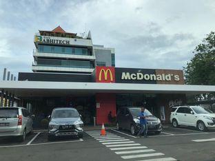 Foto 2 - Eksterior di McDonald's oleh MWenadiBase
