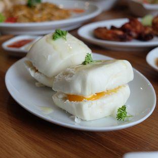 Foto 8 - Makanan di Mr. Ang's oleh dk_chang