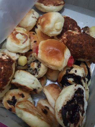 Foto 9 - Makanan di Roti Unyil Venus oleh Stallone Tjia (@Stallonation)