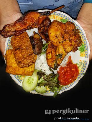 Foto 3 - Makanan di Warung Sambelan Prapatan Kenjeran oleh Venda Intan