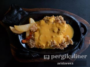 Foto 1 - Makanan di Waroeng Steak & Shake oleh Vera Arida