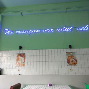 Foto 6 - Interior di Wahteg oleh duocicip
