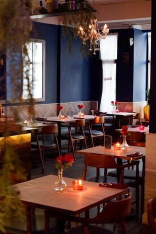 Foto 12 - Interior di Bleu Alley Brasserie oleh yudistira ishak abrar