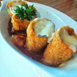 Foto 2 - Makanan(Lasagna Fittata) di B'Steak Grill & Pancake oleh duocicip