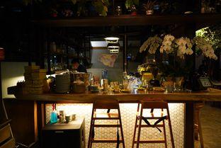 Foto 7 - Interior di Miss Bee Providore oleh Deasy Lim