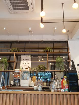 Foto 7 - Interior di Emji Coffee Bar oleh Stallone Tjia (@Stallonation)