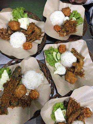 Foto review Ayam Penyet Surabaya oleh Tiara Aulia 1